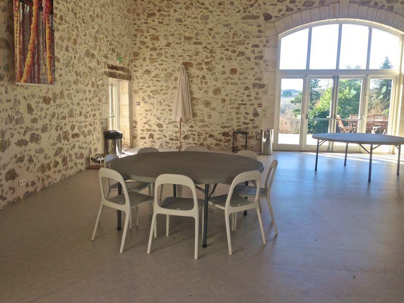 Table De Jardin Ronde Diametre 200. Stunning Chaises Et Nouvelles ...