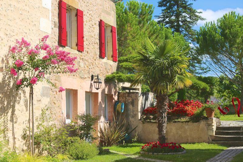 Montagenet - Gîte Olivier et jardin toscan
