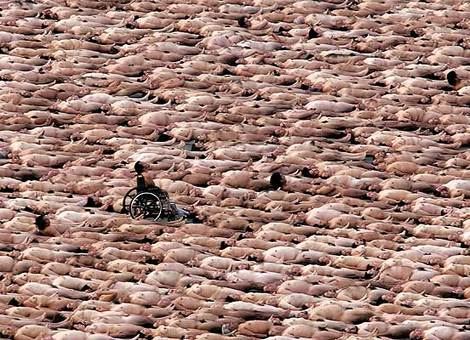 Spencer_tunick_zocalo_2