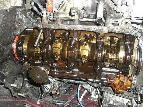 Bas_moteurpompe_a_huile
